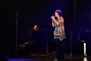 Lioba Grunow - Chansons von E. Piaff , Pop, Soul, Musical als Gesangseinlage für Ihr Event